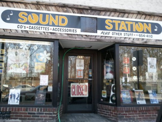 Sound Station Grooves & Collectibles