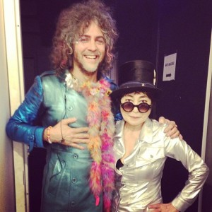 Yoko-Ono-WayneCoyne-Happy-Xmas-war-is-over